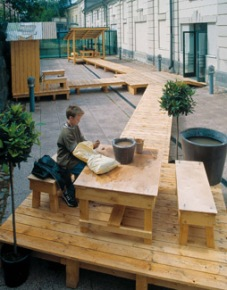 Garden of Self/ Minuuden puutarha, Clay workshop. Installation view: Pori Art Museum, Pori, Finland, 2004